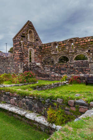 Ruins of the nunnery on the island of Iona Standard-Bild - 120888080