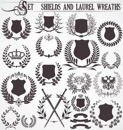 shield emblem: Set - scudi e corone d'alloro Vettoriali