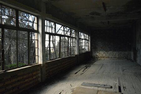 An Abandoned Spooky Hotel in the Dark 版權商用圖片