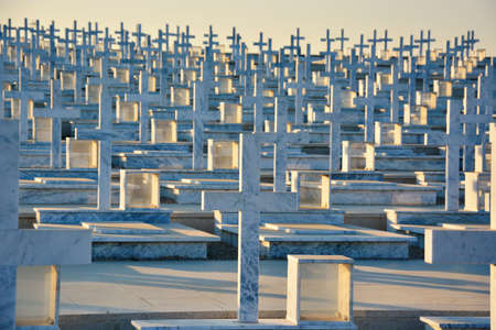 Thousands of Graveyard Crosses Made of Marble 版權商用圖片