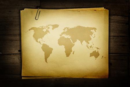 Mapa del mundo de papel viejo Foto de archivo