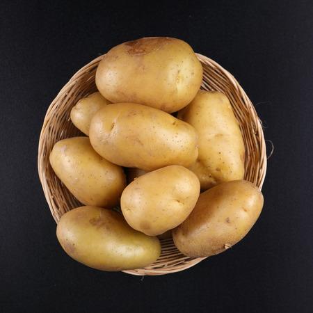 potato chip: Top view Potatoes on basket