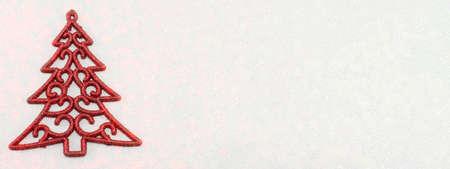 fond de texte: d�coration d'arbre de No�l rouge sur fond rouge