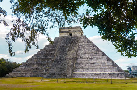 Pyramid of Chitchen Itza in Yucatan Mexico with no people