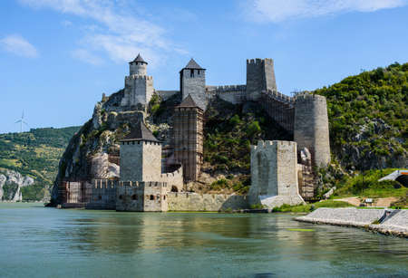 Medieval Golubac fortress on Danube river in Serbia 新聞圖片