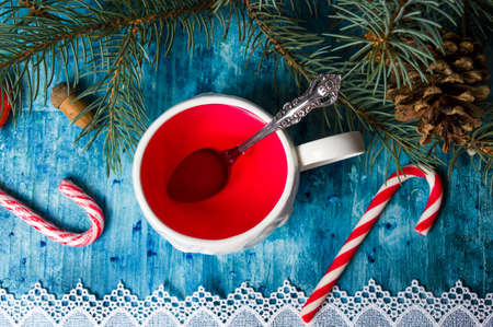 Cup of tea with fir tree and festive decorations Stok Fotoğraf - 131210012