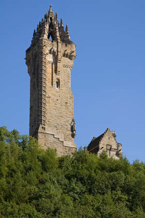 scots: Wallace Monument, Stirling, Scotland situated atop Abbey Craig from where William Wallace led his peoples army to victory at Stirling Bridge in 1297.
