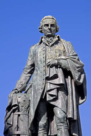 Adam Smith (1723-90) Monument on Edinburgh's Royal Mile. The renowned Scottish Enlightenment economist and philosopher's book, The Wealth of Nations, is considered a pioneering guide to political economy and free market enterprise, and remains hugely infl Stock Photo - 9555437