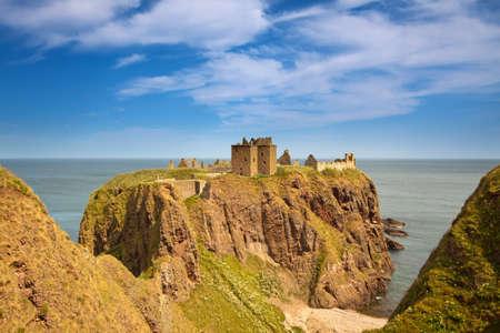 dunnottar castle: Dunnottar Castle, Aberdeenshire, Scotland Stock Photo