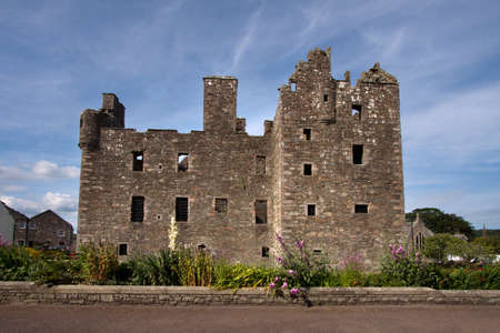 dumfries and galloway: MacLellan�s Castle, Kirkcudbright, Scotland