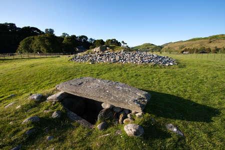 nether: Nether Largie South Cairn, Kilmartin Glen, Scotland