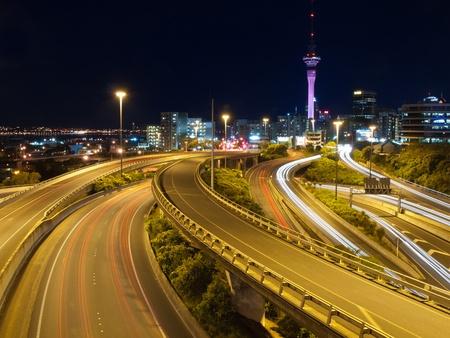 Night traffic in a major city in new zealand 版權商用圖片