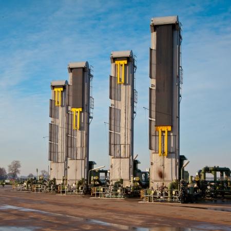 yacimiento petrolero: Europea Moderna Inyección de Vapor Aceite Bomba Jack en los campos de crudo pesado del petróleo de arenas bituminosas de los Países Bajos