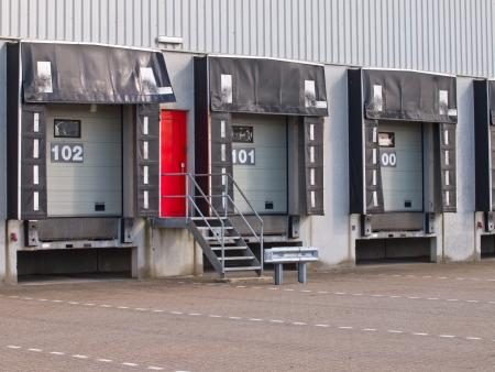 Vide quai de chargement porte cargo comme un symbole de la croissance économique Banque d'images