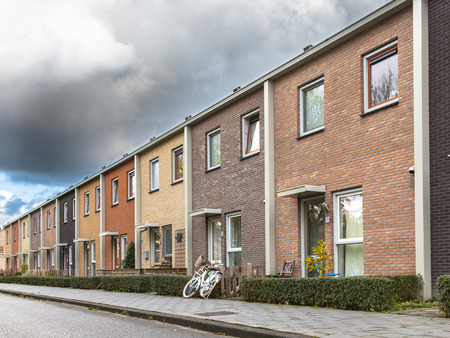 Colored Middle Class Terraced Houses in Europe 版權商用圖片 - 41038320
