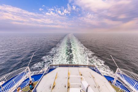 voilier ancien: Backside Stern d'un voile de ferry pour traverser la mer du Nord Banque d'images