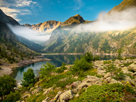 mere: Pristine Tranquil Lake in the Alps in France Stock Photo