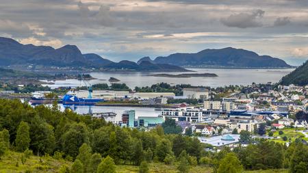 Aerial view over Ulsteinvik town in fjord Norway Imagens