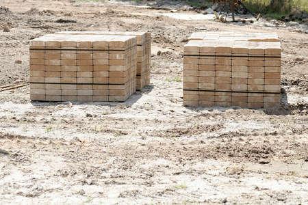 adoquines: adoquines en una obra de construcci�n recto