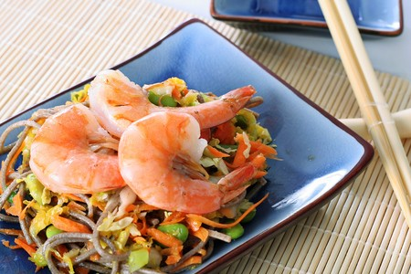 soba noodles: asian shrimp salad with soba noodles