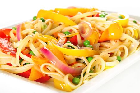 linguine pasta with vegetables angle upclose Imagens