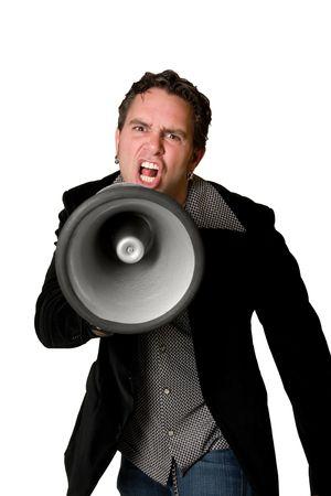 berisping: Schreeuwende man met megafoon geïsoleerd op witte achtergrond