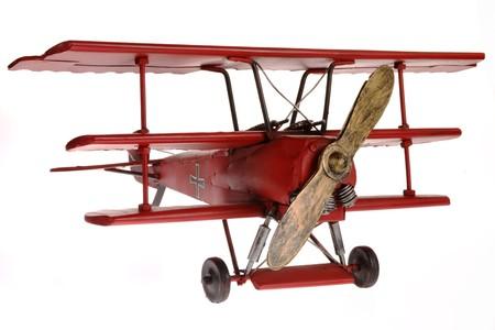 Red Fokker Dreidecker isoliert auf wei�em Hintergrund