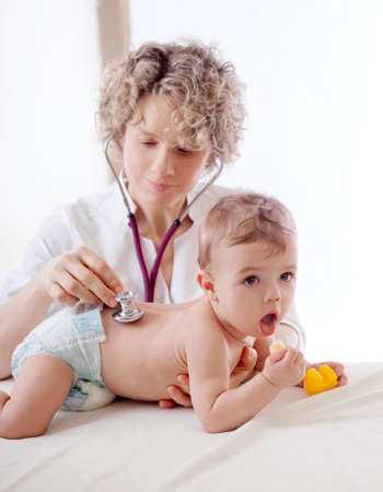 小児科医試験赤ちゃん