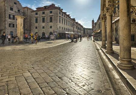 クロアチア、ドブロブニク旧市街の通り