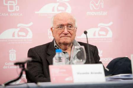 screenwriter: LAS PALMAS, Spagna-20 marzo: Regista, sceneggiatore e produttore Vicente Aranda, da Barcellona, ??durante LPA International Film Festival il 20 marzo 2012 a Las Palmas, Spagna
