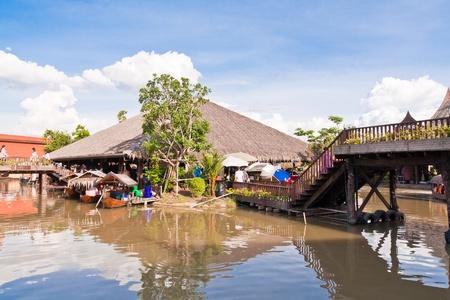 restuarant: Bridge and restuarant in Ayothaya floating market onJuly 10 ,2011. Ayutthaya province Thailand. Editorial