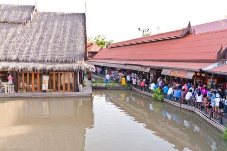ayothaya: Situation of Ayothaya floating market onJuly 10 ,2011. Ayutthaya province Thailand.