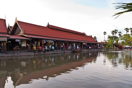ayothaya: Shops in Ayothaya floating market onJuly 10 ,2011. Ayutthaya province Thailand.