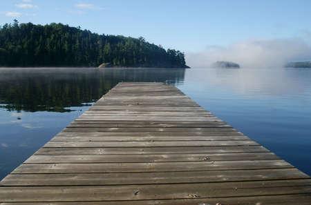 empty dock at rock lake Imagens