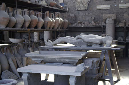 body of person preserved in pompeii
