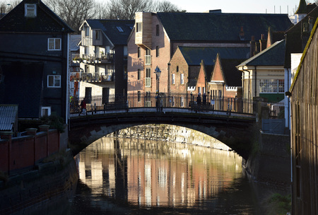 ouse: Cliffe bridge over river ouse, Lewes, early morning Stock Photo