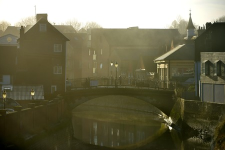 dickensian: Cliffe bridge, Lewes, on a misty cold morning