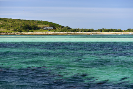scilly: Shallow clear sea near Bryher in the Scilly Isles, UK Stock Photo