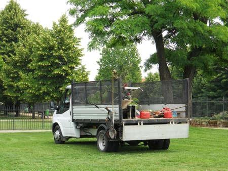 giardinieri: Giardiniere Truck erba appena tagliata