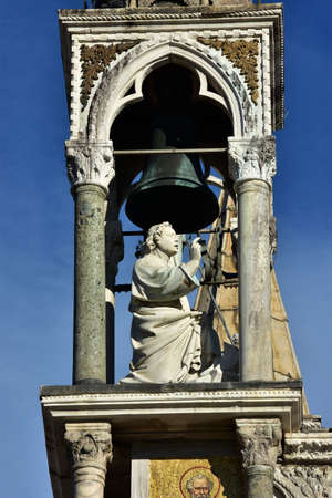 blessing: Detail of Saint Mark Basilica in Venice with beautiful medieval statue of a blessing saint in a small gothic belfry