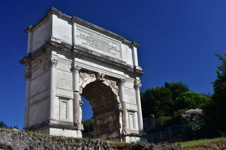 1st century: Ancient triumphal arch dedicated to Emperor Titus, at the entrance of the Roman Forum (1st century A.D.)