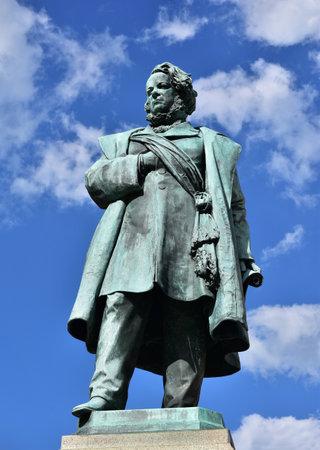 Bronze statue of Daniele Manin, italian patriot and President of Venice Republic during 1848 revolt against Austrian Empire, made by artist Borro in 1875