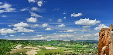 Orvieto panorama du rocher et du pays antique