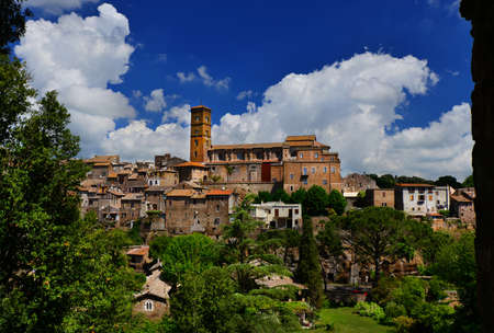 View of the medieval Saint Mary of Assumption Cathedral at the top of the ancient town of Sutri, near Rome Banque d'images