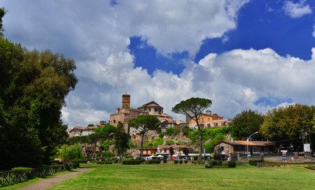 Sutri, Italie, 10 mai 2017: petite ville médiévale médiévale de Sutri le long de Old Cassia Way, près de Rome Éditoriale