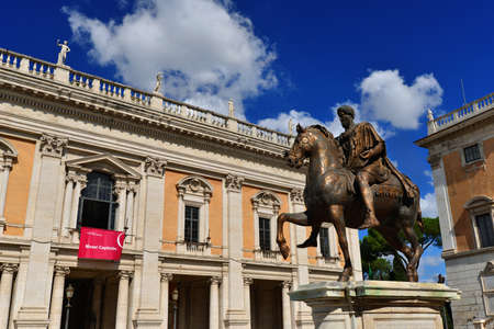 Rome, Italy, September 18, 2017: Capitoline Museums in the center of Rome, the most ancient public museum in the world, with the equestrian statue of Roman emperor Marcus Aurelius Éditoriale