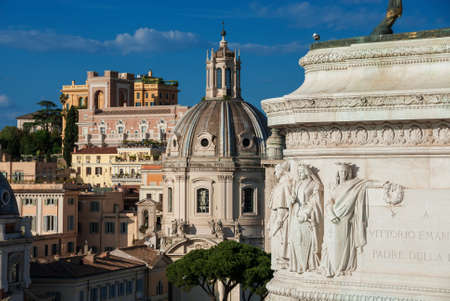 Échantillon de styles architecturaux mixtes dans le centre de Rome Banque d'images