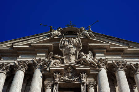 Saints Vincent and Anastasius at Trevi beautiful baroque facade in Rome, completed in 1650 by italian architect Martino Longhi Banque d'images