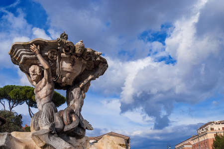 Fountain of the Tritons, completed in 1715, in the center of Forum Boarium square, in Rome Banque d'images