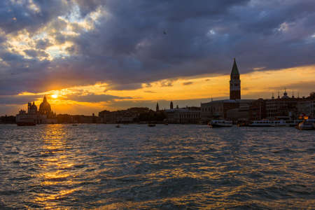Beautiful sunset over Venice Lagoon ancient monuments 版權商用圖片
